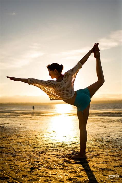 Yoga Poses - Lord of the Dance Pose