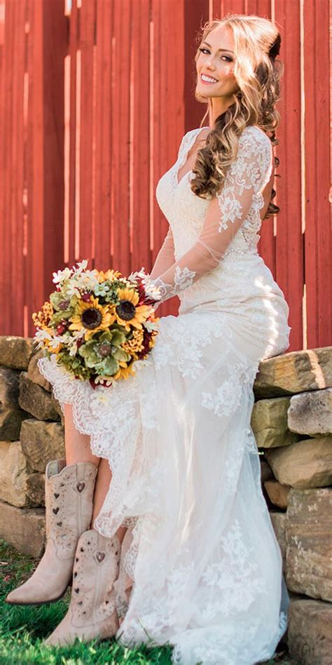 Bridal Guide: 27 Country Wedding Dresses   Country wedding