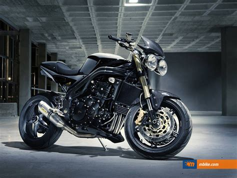 2005 Triumph Speed Triple 1050 Picture - Mbike