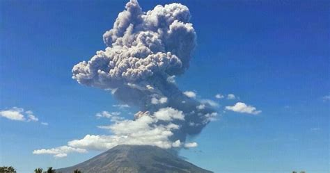 Volcanic ash cloud from San Miguel volcano